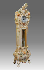Grandfather Clock 569_2 lacquered and decorated, baroque style
