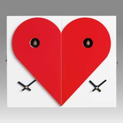 Contemporary cuckoo clock Art.loveme loveyou 2606 lacquered with acrilic color white with heart red, left and right part together